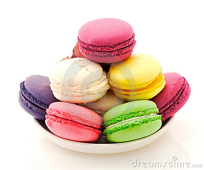 Mystery solved- they're French macaroons